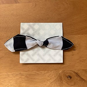 Navy striped hair tie